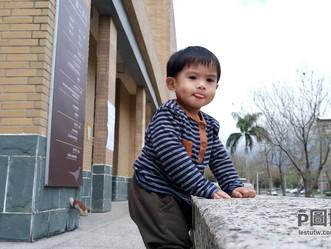 拍到了孩子的可愛表情,但不想拍到後面的人:網友juju ciao yun的請求。