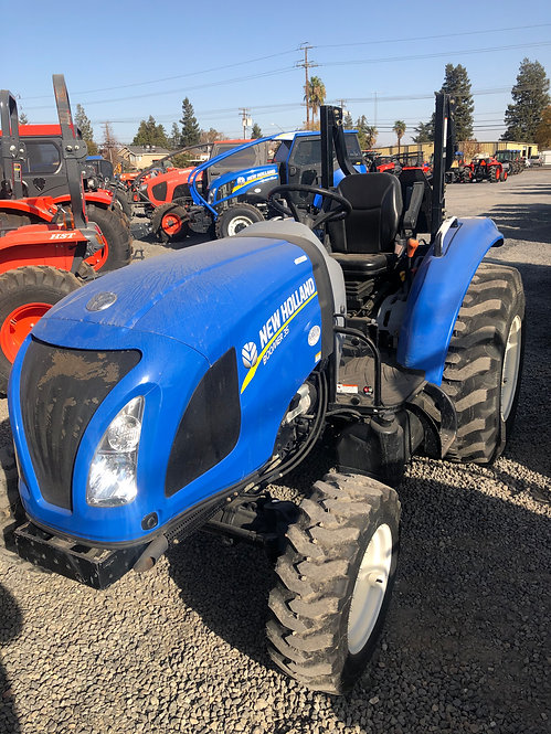 New Holland Boomer 35