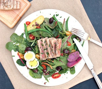 Nicoise Salad with Lemon and Herb Vinaigrette