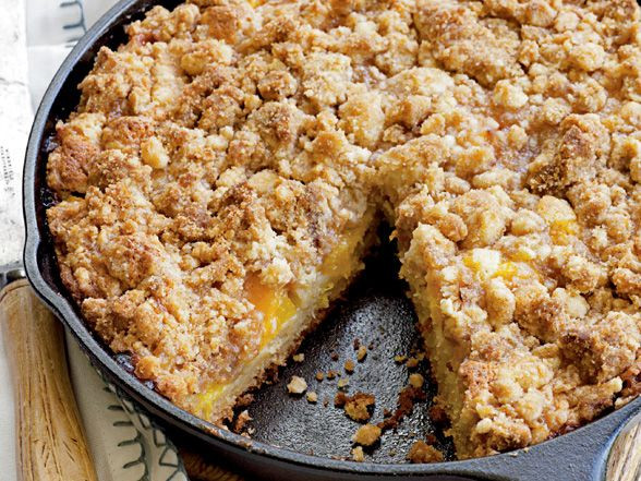 Peach Cobbler with Crumble Topping