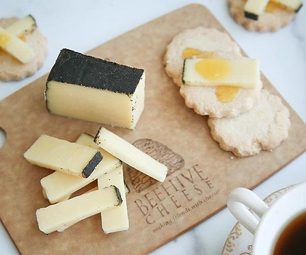 Beehive Earl Gray Teahive Cheese 4 oz