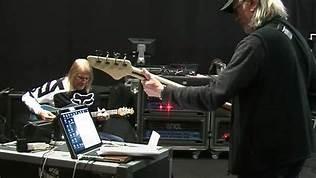 "(Video) DEEP PURPLE - ""Throw My Bones"" Rehearsal"