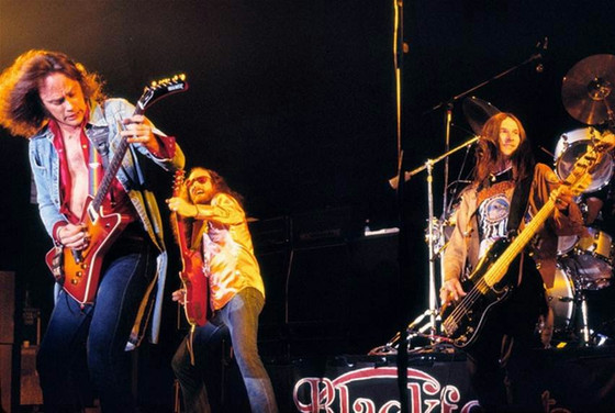 (Video) BLACKFOOT - Discography Live
