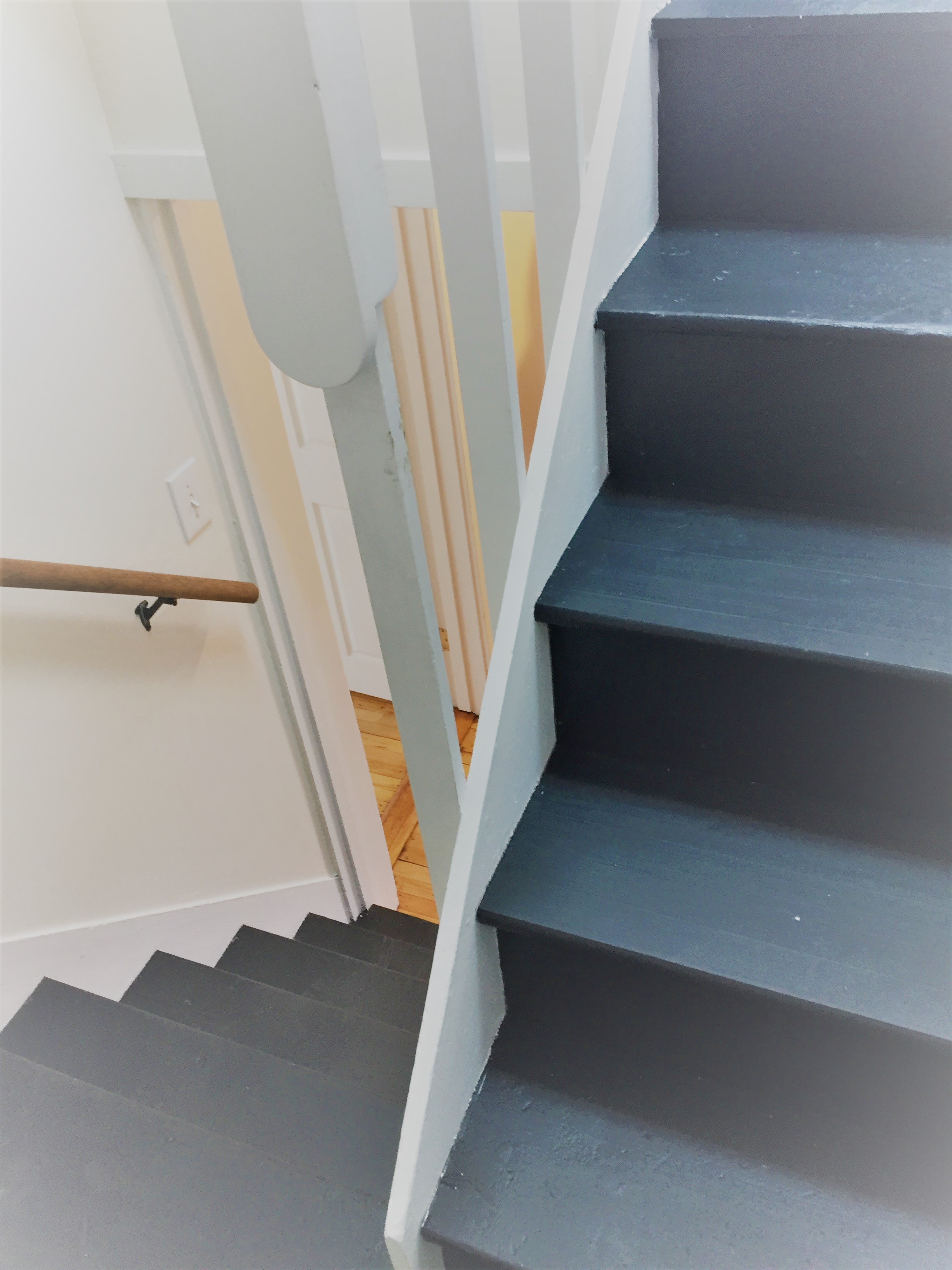 89 stairs in apartment (2)