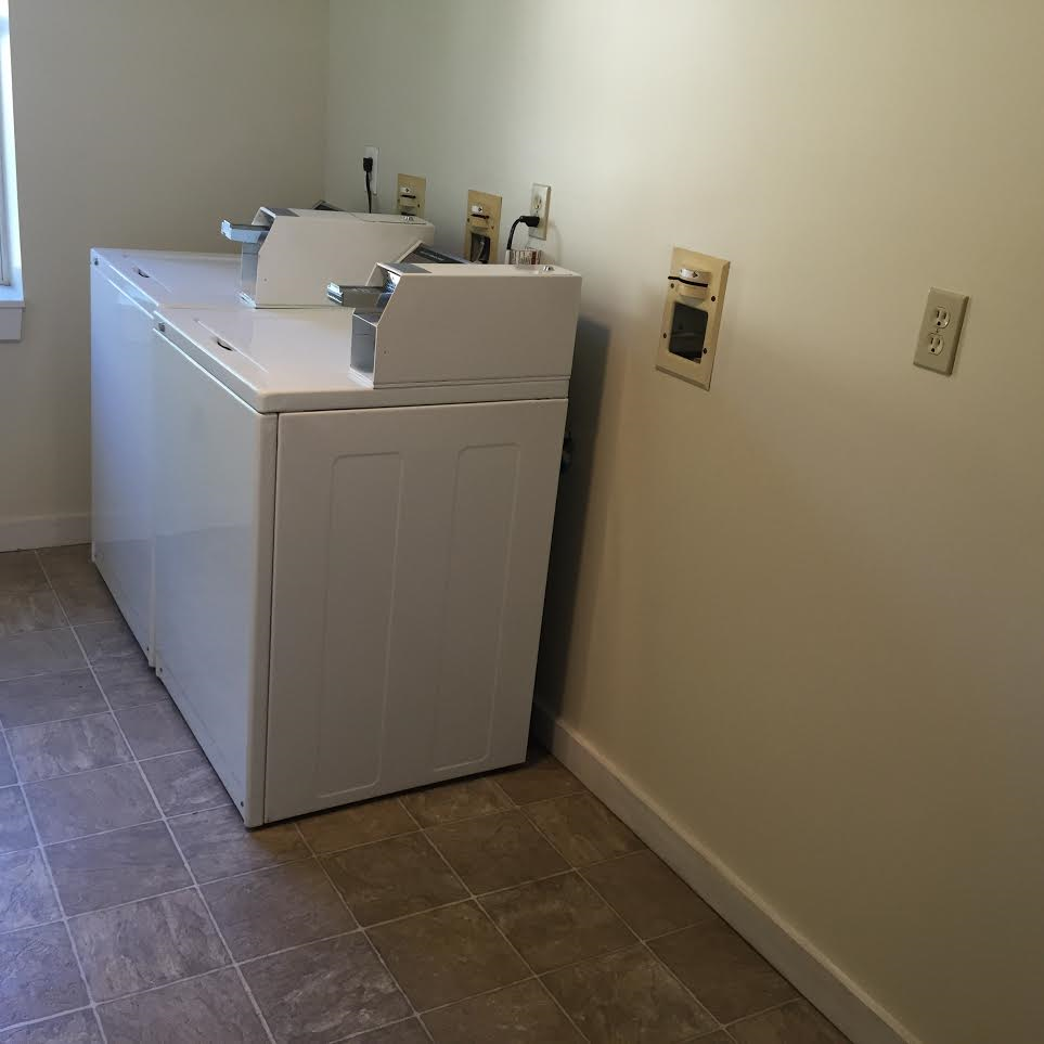 9 Dunning St. Laundry Room