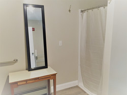 Bathroom in hallway 1 shower