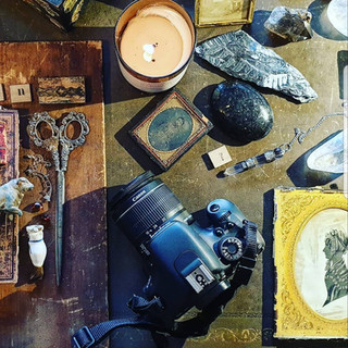 Psychometry photography medium psychic Berkhamsted Artist Antiques