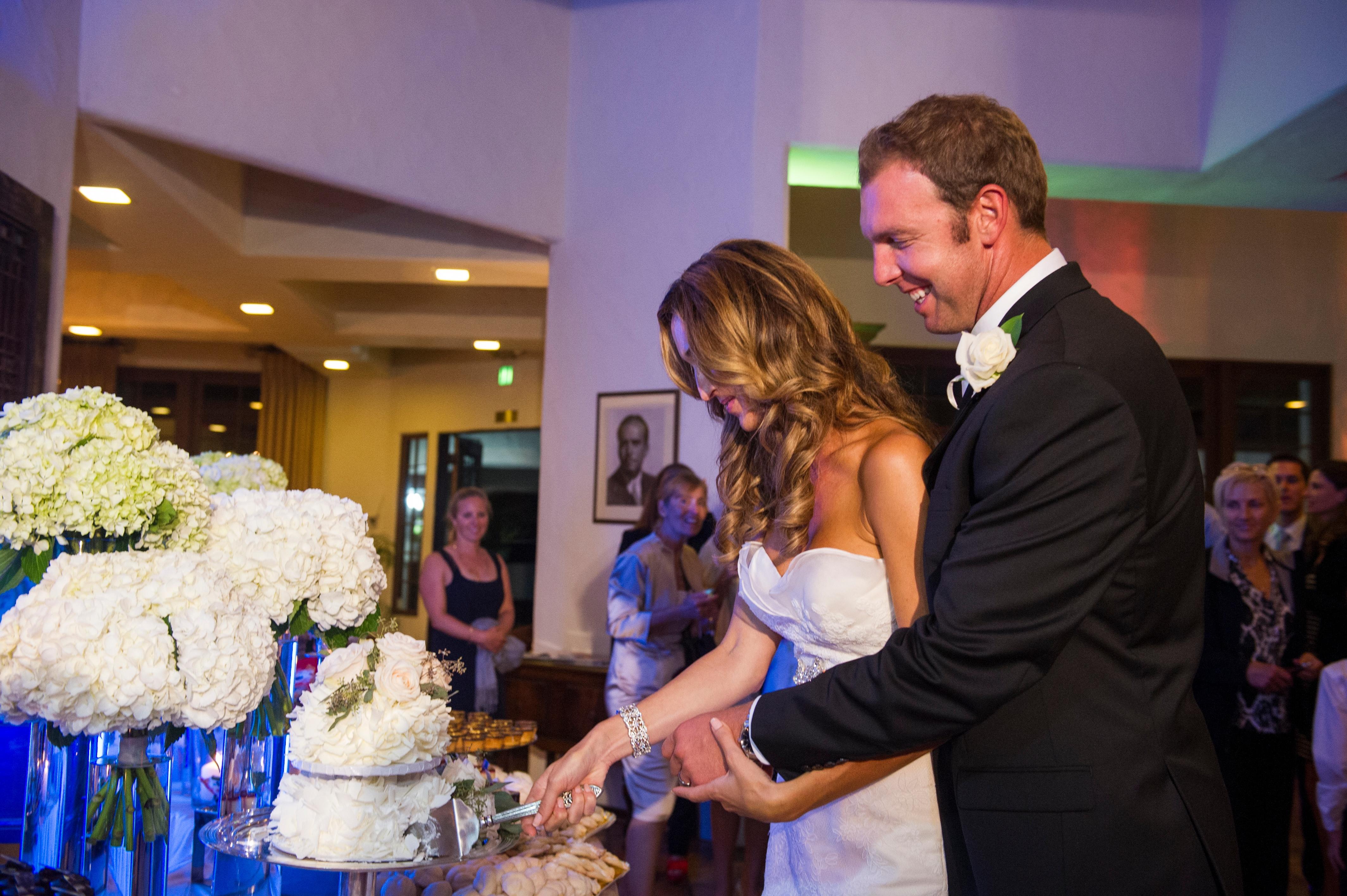 Wedding cake, cut cake