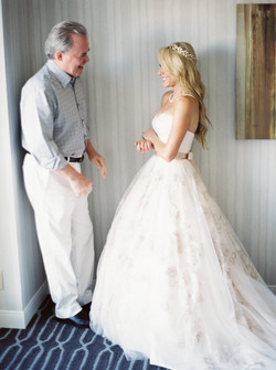 father daughter, wedding day