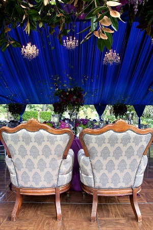 vintage chairs, vintage wedding