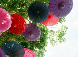 Unique wedding decor, parasoles