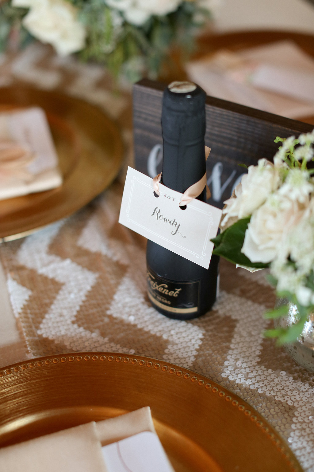 Wedding Champagne. Escort Cards