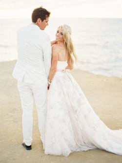 Sunset cliffs wedding, wedding dress