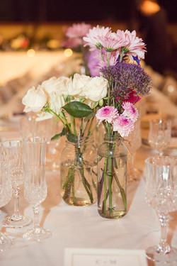 Simple wedding flowers, boho shiq