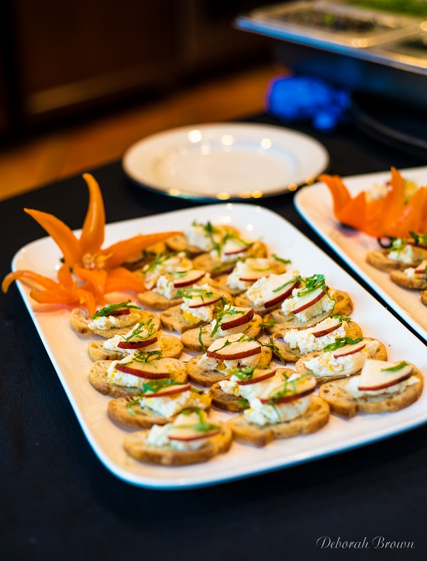 Wedding appetizers, catering