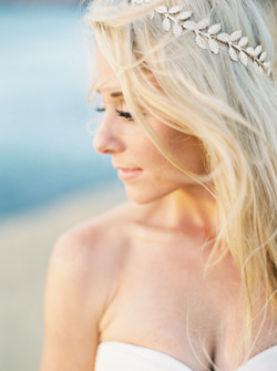 Wedding hair, bridal details