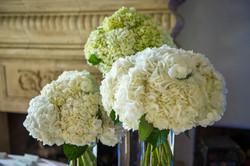 White wedding, wedding flowers