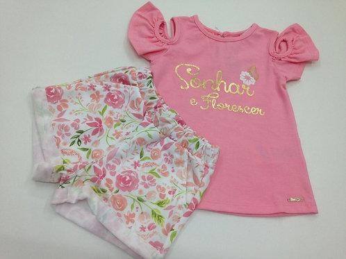 Conjunto feminino com blusa sem manga rosa