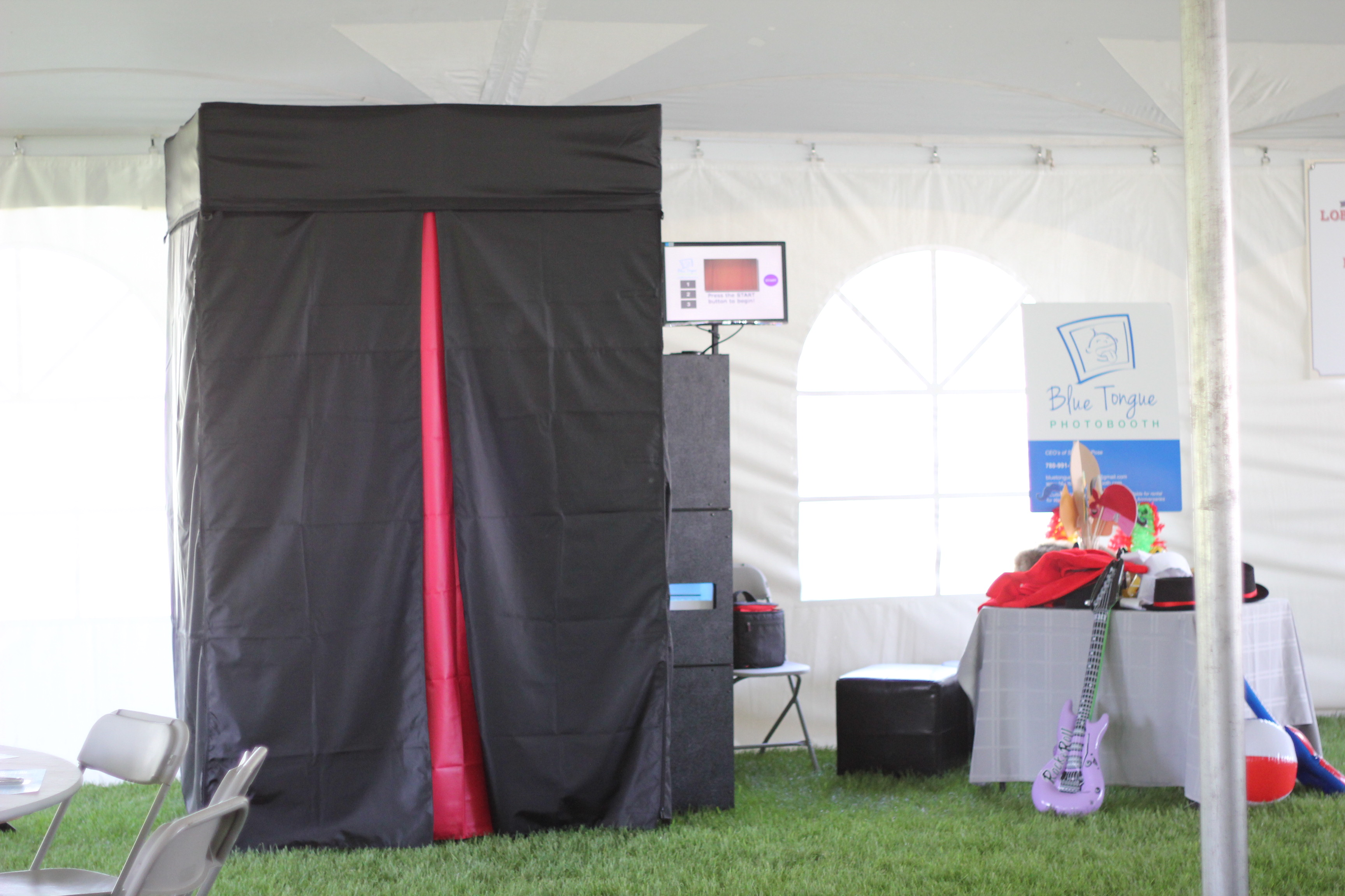 Enclosed Photobooth Set-Up