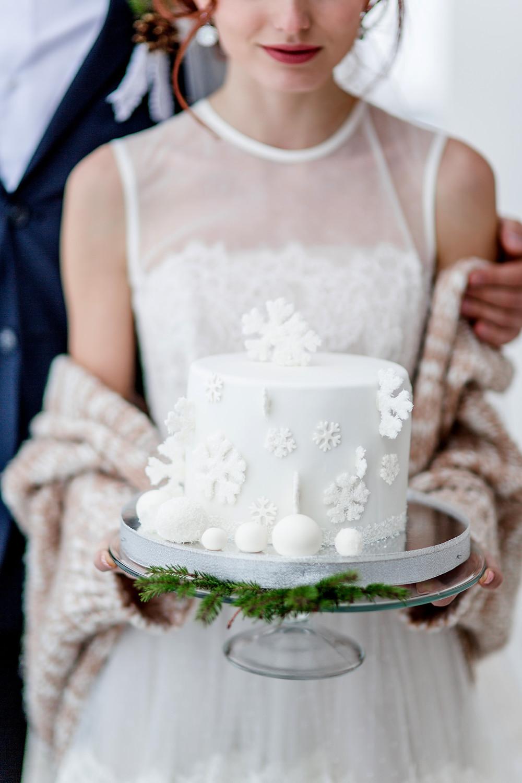 Winter wedding cake ideas | Our Italian Fairytale