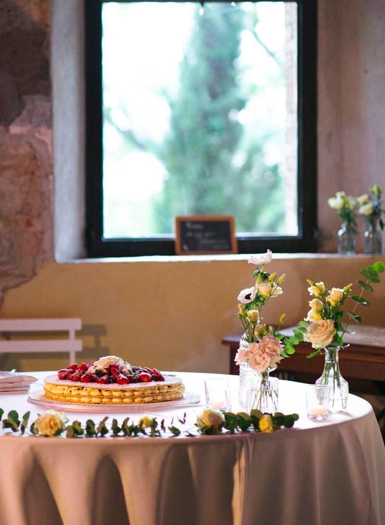 Traditional Italian Wedding Cake | Our Italian Fairytale