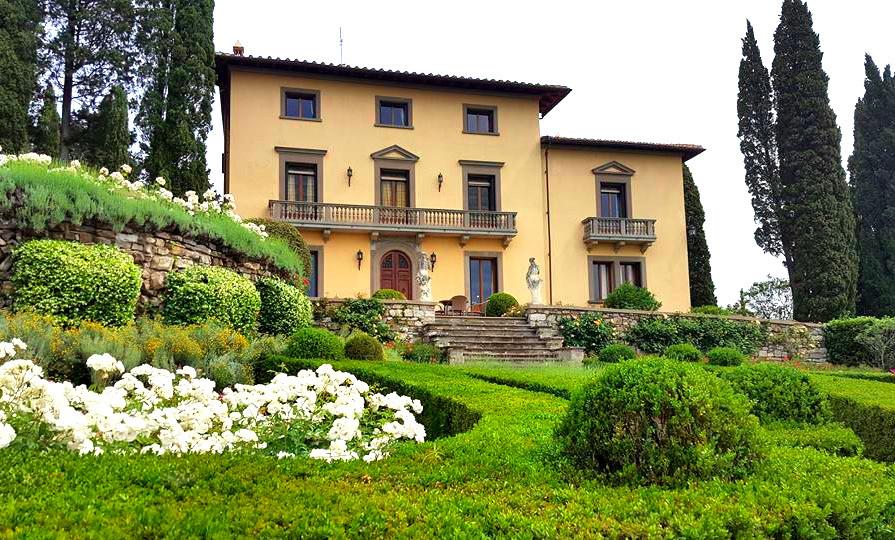 Elegant wedding venue in Tuscany | Our Italian Fairytale