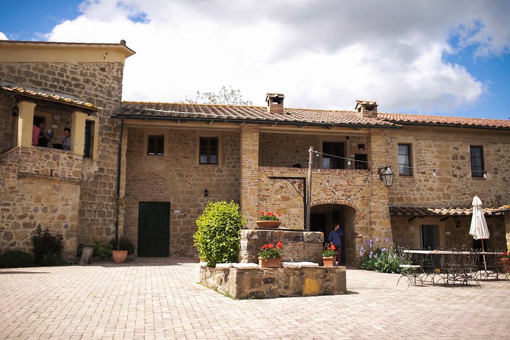 Beautiful Wedding Venue In Tuscany | Our Italian Fairytale