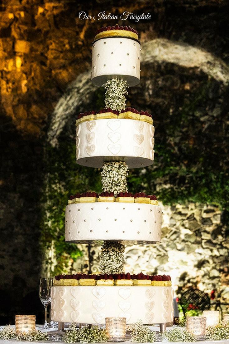 Cup cakes wedding cake - Our Italian Fairytale