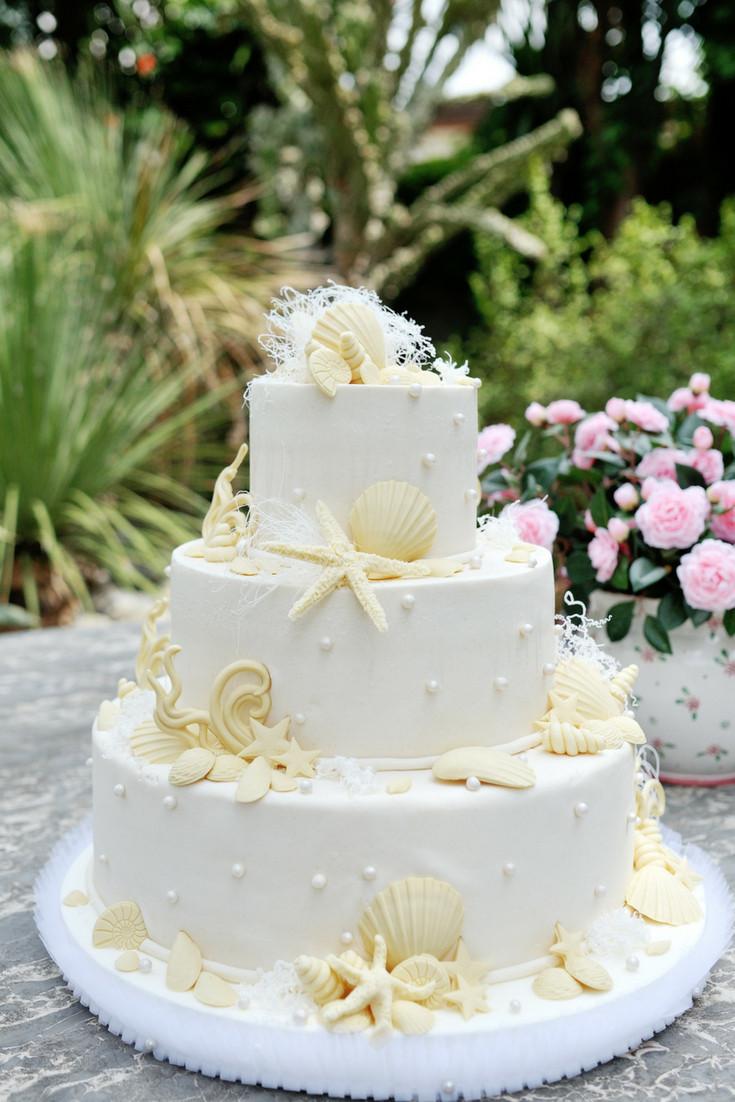 sea style wedding cake - Our Italian Fairytale