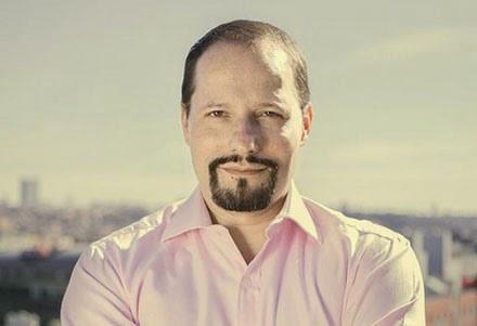 Politolog Daniel Solis: Tajné vazby, oligarchové apod.