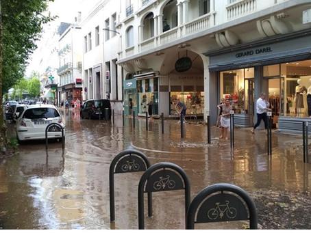 """Sécheresses, inondations:                les risques méconnus du       """"plateau sportif"""""""