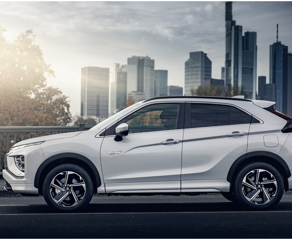 eclipse_cross_PHEV_2021_01.png