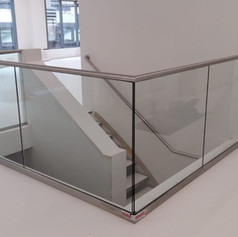 Structural glass with handrail