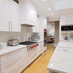 laguarida kitchen.jpg