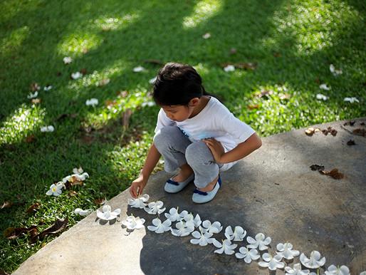 Los comportamientos repetitivos aumentan y disminuyen entre los jóvenes autistas