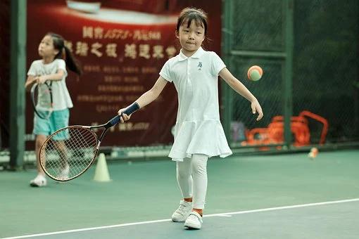 Por qué debes apoyar a tu hijo con autismo en la educación física