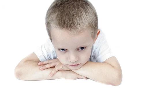 Cómo obtener ayuda cuando tu niño con autismo no come