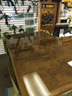 Reflector epoxy concrete counter top