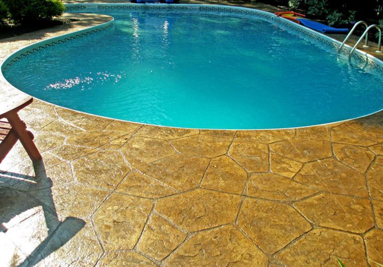 Stamped Flagstone Pool Deck