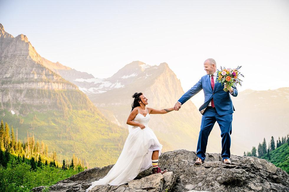 Intimate-Wedding-at-Glacier-National-Par
