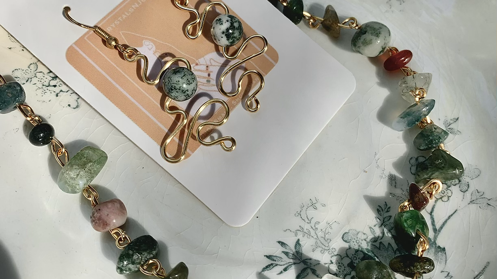 Squiggles & Crystal Necklace