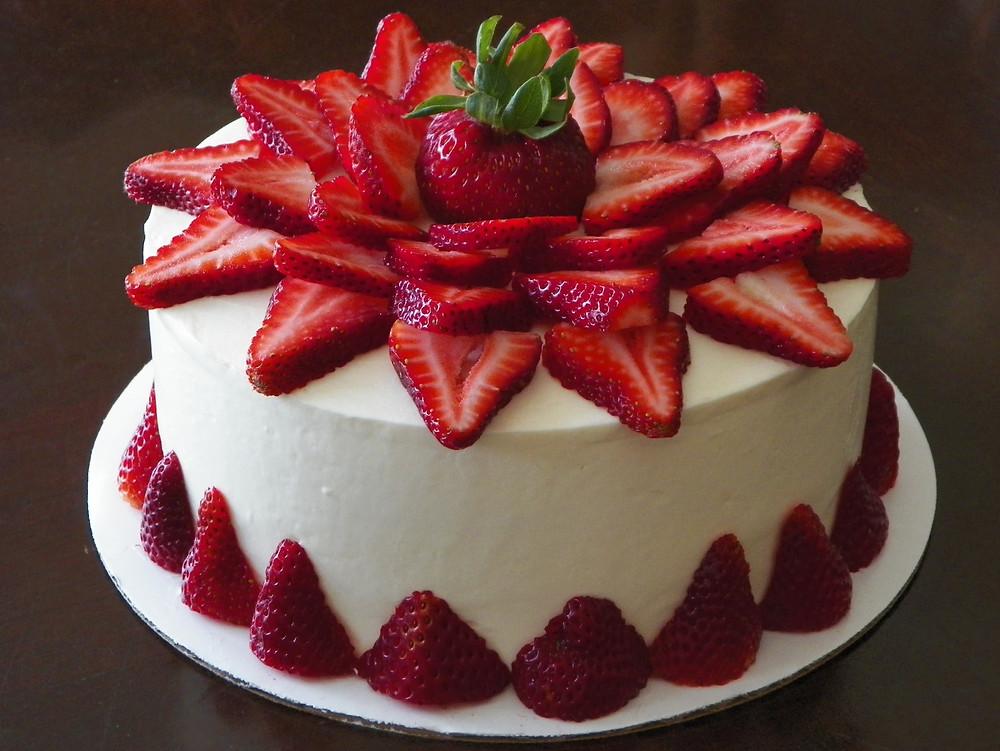 strawberry-cake-3.jpg