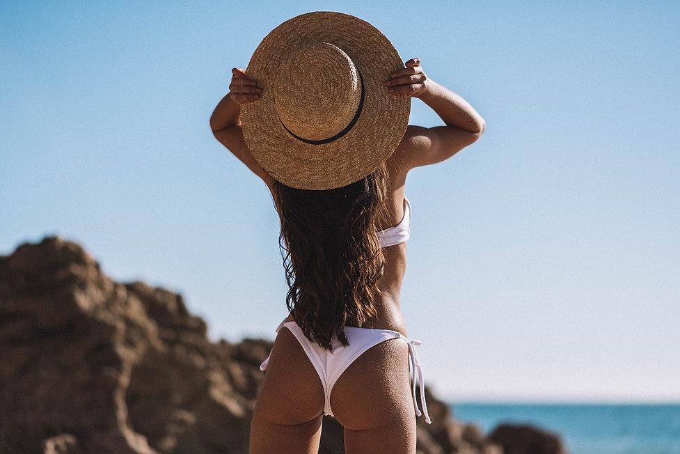Deserta bikini white.jpg