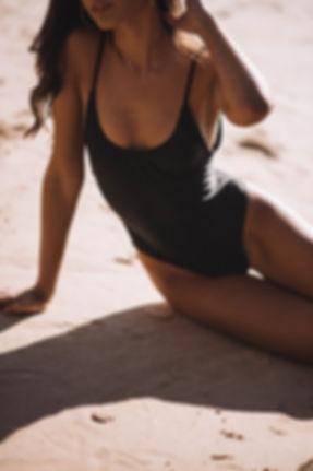 Tróia_Swimsuit_Black.jpg