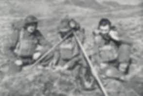 Royal_Artillery_25lb_battery_signallers_
