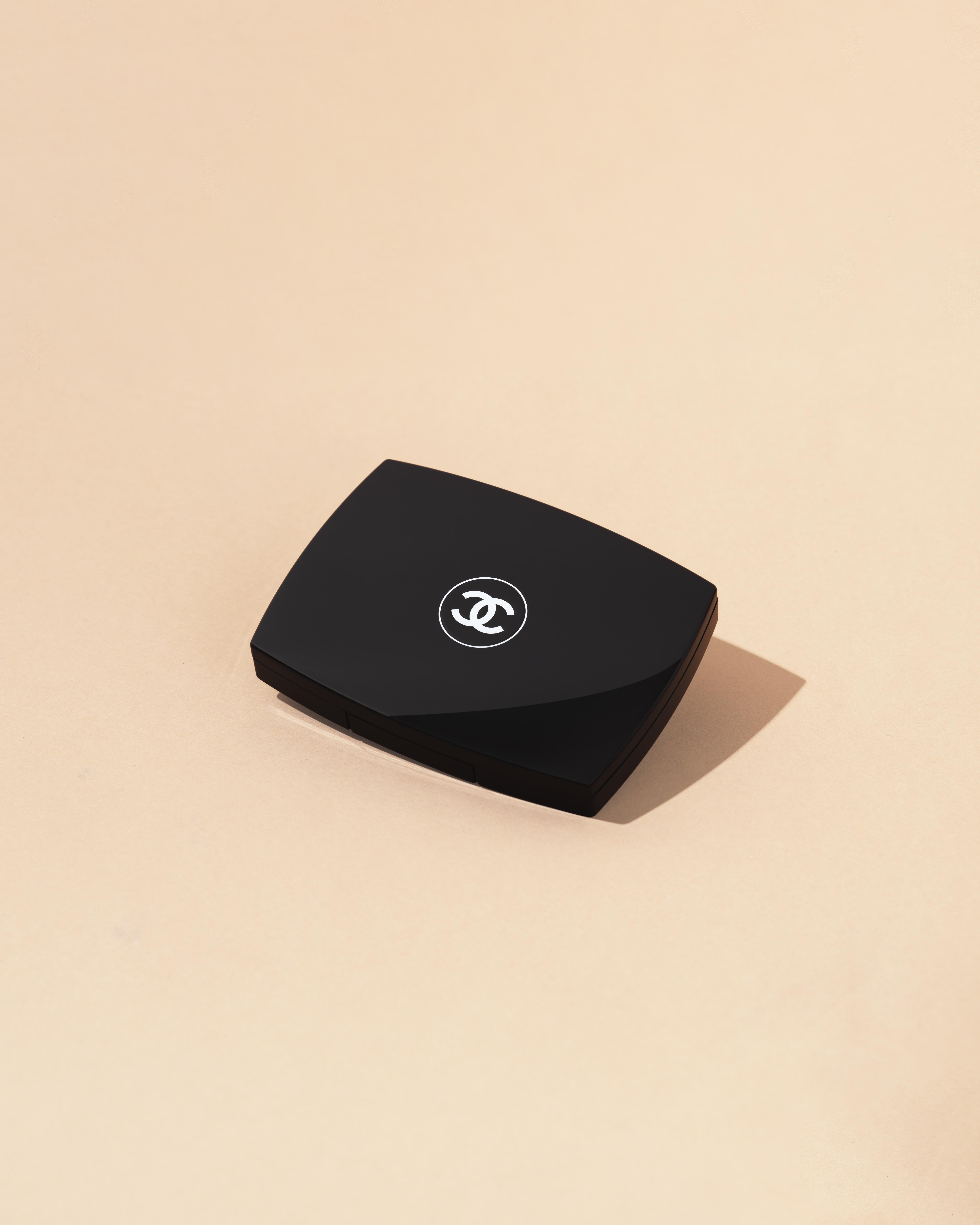 Chanel compact_1