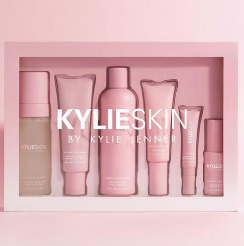 (PRE-ORDER) Kylie Skin Set