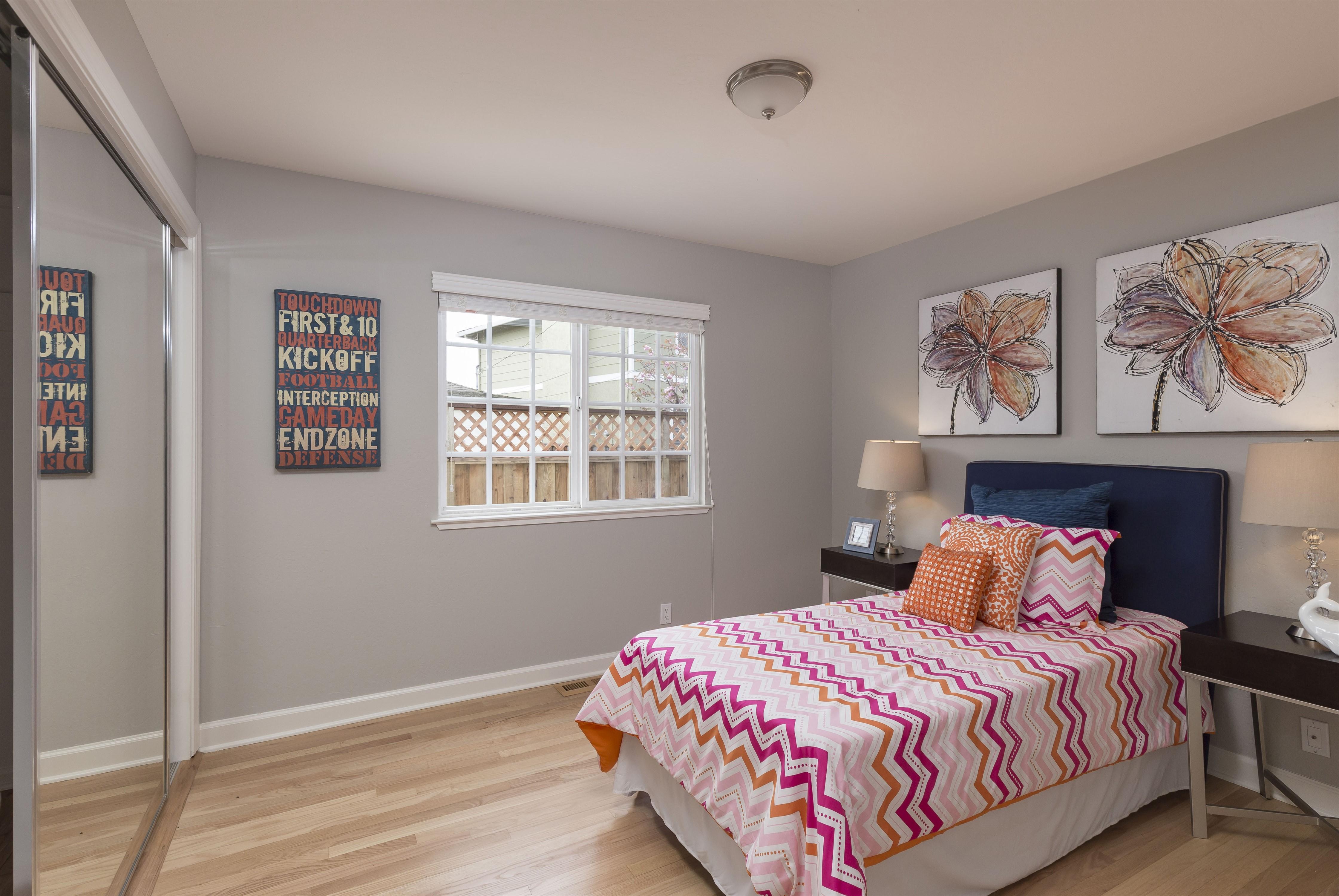 016_Bedroom (2)