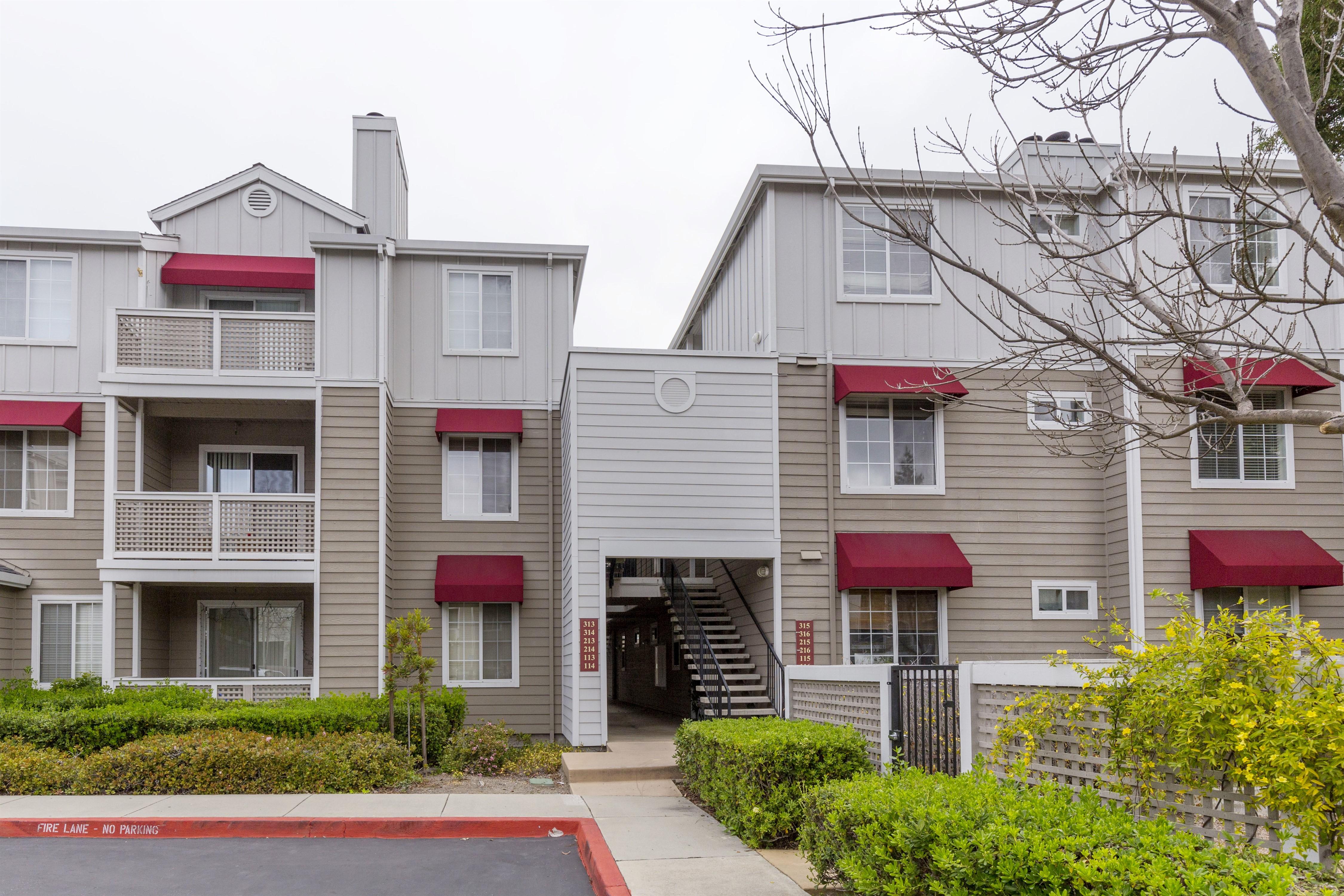 250 Santa Fe Terrace 1