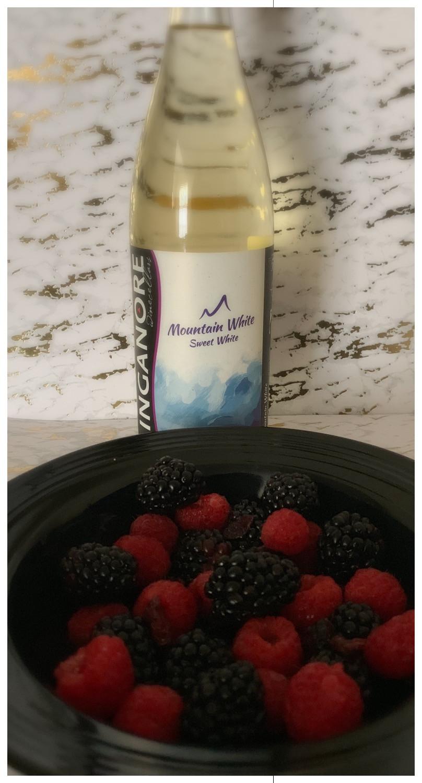 White Wine & Berries